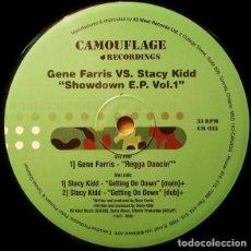 Discos de vinilo: GENE FARRIS VS. STACY KIDD – SHOWDOWN E.P. VOL.1 / CAMOUFLAGE RECORDINGS / VINYL, 12 EP / 2003. Lote 161885086