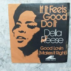 Discos de vinilo: SINGLE. DELLA REESE - IF IT FEELS GOOD DO IT Y GOOD LOVIN. Lote 162180570