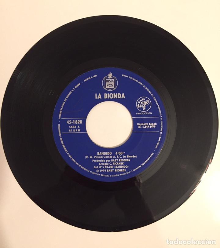 Discos de vinilo: LA BIONDA- BANDIDO/THERE IS NO OTHER WAY-/SINGLE 1979 HISPAVOX,ESPAÑA - Foto 2 - 162790766