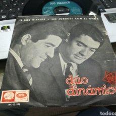 Discos de vinilo: DUO DINÁMICO SINGLE 11000 BIKINIS 1965. Lote 163463038