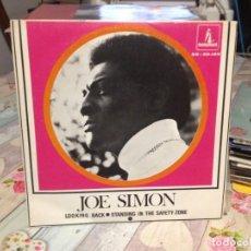 Discos de vinilo: JOE SIMON - LOOKING BACK. ESP. SINGLE OCASIÓN VINILO. Lote 163702122