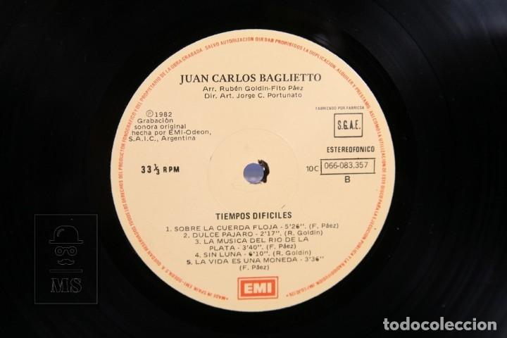Discos de vinilo: Disco LP De Vinilo - Juan Carlos Baglietto / Tiempos Dificiles - EMI - 1982 - Encarte con Letras - Foto 2 - 164119214