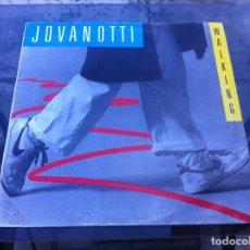 Discos de vinilo: MAXI SINGLE. JOVANOTTI. WALKING. 1987, ESPAÑA. Lote 171355353