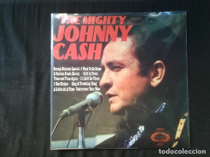 JOHNNY CASH - THE MIGHTY JOHNNY CASH (Música - Discos - LP Vinilo - Country y Folk)