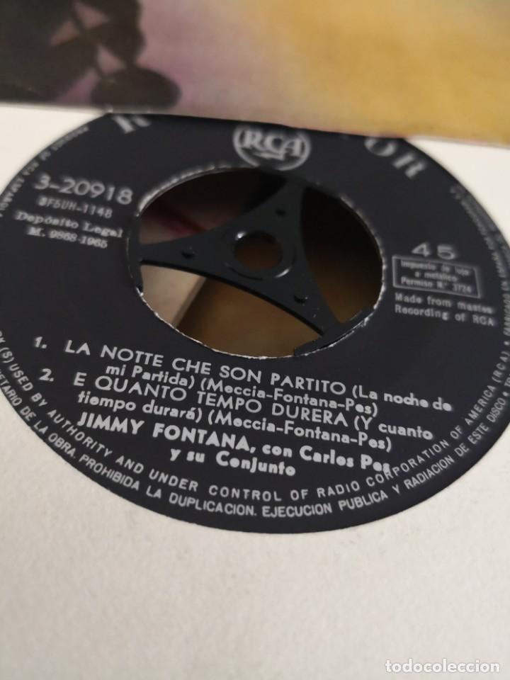Discos de vinilo: 2 discos JIMMY FONTANA ( IL MONDO ) 45 RPM 1965 RCA ESPAÑA y otro Rita pavone el baile del ladrillo - Foto 4 - 165187942