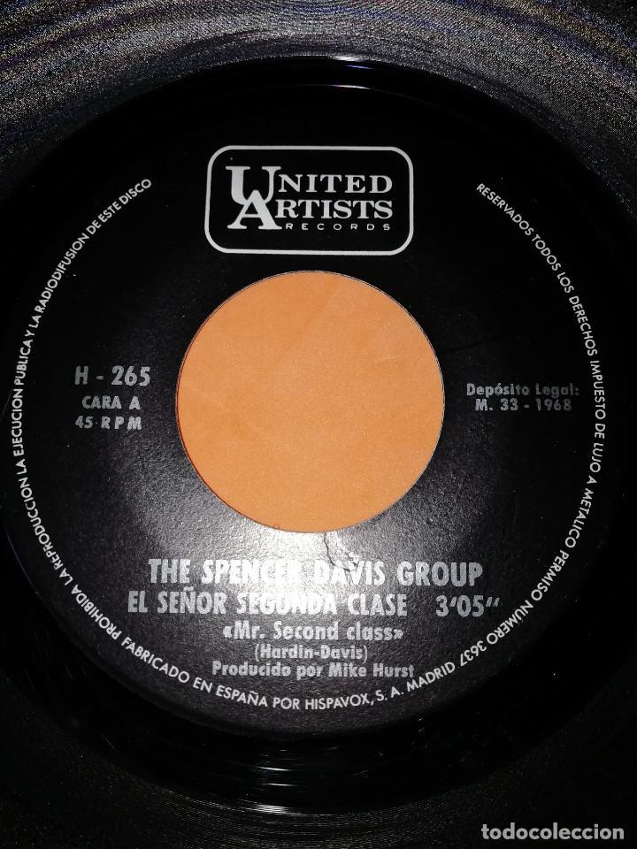 Discos de vinilo: THE SPENCER DAVIS GROUP-EL SEÑOR SEGUNDA CLASE / INSPECTOR DE SANIDAD -EDICION ESPAÑOLA - UA 1968 - Foto 4 - 165225706