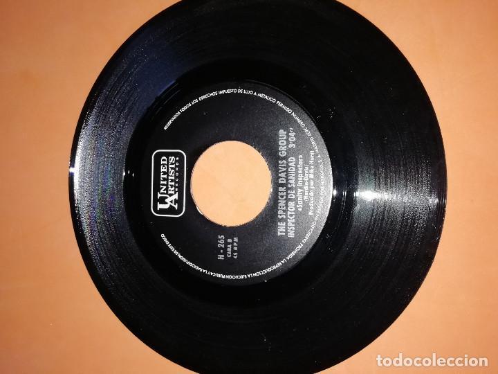 Discos de vinilo: THE SPENCER DAVIS GROUP-EL SEÑOR SEGUNDA CLASE / INSPECTOR DE SANIDAD -EDICION ESPAÑOLA - UA 1968 - Foto 5 - 165225706