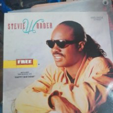 Discos de vinilo: STEVIE WONDER ‎– FREE / HAPPY BIRTHDAY .SPAÑA 1989. COMO NUEVO. Lote 165326786