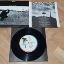 Discos de vinilo: U2 ONE TRE HILL 7 SINGLE AUSTRALIA K338. Lote 165360337