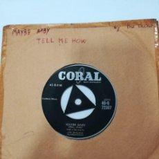 Discos de vinilo: THE CRICKETS: MAYBE BABY / TELL ME HOW. EDICIÓN INGLESA. SIN CARATULA ORIGINAL. Lote 165650454