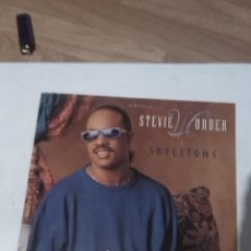 Discos de vinilo: STEVIE WONDER SKELETONS. Lote 165896550
