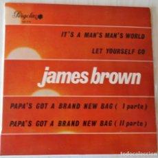 Discos de vinilo: JAMES BROWN - IT´S A MAN´S MAN´S WORLD EP PERGOLA - 1970. Lote 166292906