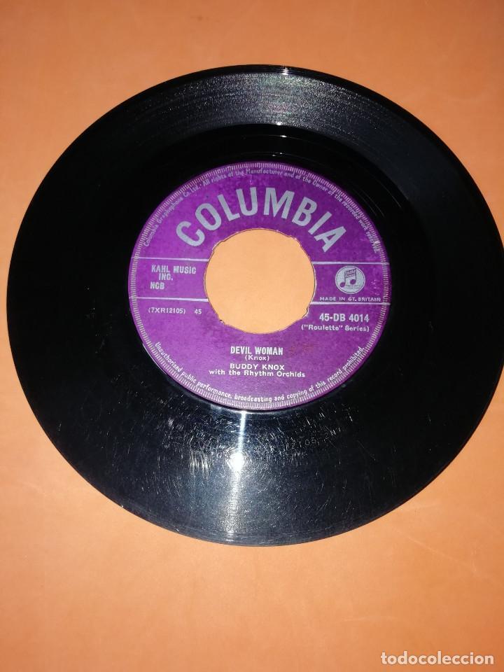 Discos de vinilo: BUDDY KNOX. HULA LOVE & DEVIL WOMAN. 1957. COLUMBIA. RARO. - Foto 3 - 166892328