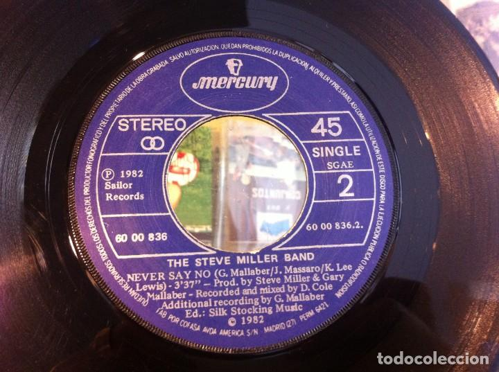 SINGLE. THE STEVE MILLER BAND. ABRACADABRA - NEVER SAY NO. 1982 (SIN CARPETA) (Música - Discos - Singles Vinilo - Otros estilos)