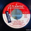 Discos de vinilo: SINGLE. YES. INTO THE LENS - DOES IT REALLY HAPPEN?. 1980 (SIN CARPETA). Lote 166923076