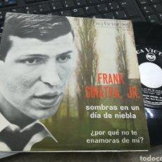 Discos de vinilo: FRANK SINATRA JR. SINGLE SOMBRAS EN UN DÍA DE NIEBLA ESPAÑA 1967. Lote 166992318