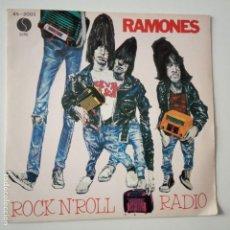 Discos de vinilo: RAMONES- DO YOU REMEMBER ROCK´N´ROLL RADIO- SPAIN PROMO SINGLE 1980- VINILO COMO NUEVO.. Lote 167023624