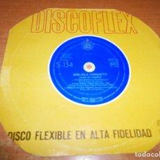 Discos de vinilo: GIGLIOLA CINQUETTI NO TIENE EDAD CANTA EN ESPAÑOL DISCOFLEX SINGLE VINILO 1964 SAN REMO FLEXI DISC. Lote 167051520