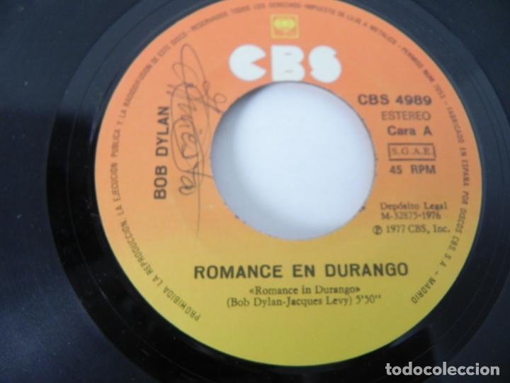 Discos de vinilo: SINGLE BOB DYLAN (ROMANCE DURANGO) CBS 1977 - Foto 3 - 167650432