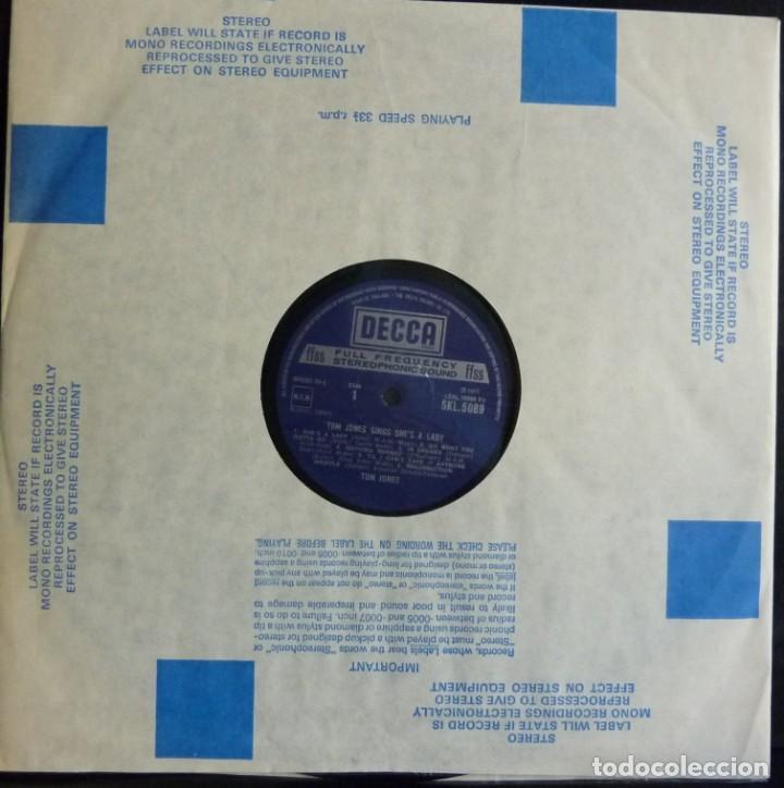 Discos de vinilo: TOM JONES // SINGS SHE`S LADY // 1971 // MADE IN ENGLAND // (VG+VG+).LP - Foto 3 - 167670880
