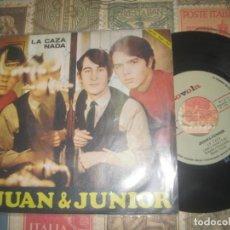 Discos de vinilo: JUAN & JUNIOR - LA CAZA / NADA . ( NOVOLA 1967) OG ESPAÑA EXCELENTE CONDICION. Lote 228849345