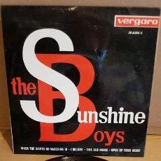 Discos de vinilo: THE SUNSHINE BOYS / WHEN THE SAINTS GO MARCHING IN / EP - VERGARA-1963 / MBC. ***/***. Lote 167934788