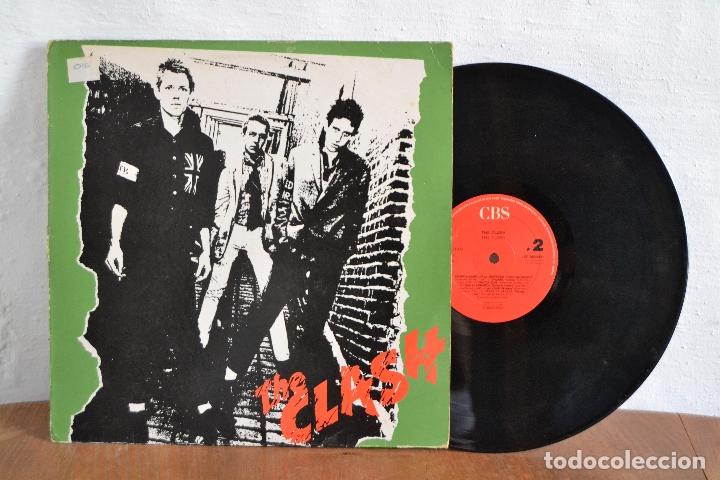 THE CLASH / LP THE CLASH / 33RPM VERSION ORIGINAL CBS 1977-1990 / LSP 982343-1 (Música - Discos de Vinilo - EPs - Punk - Hard Core)