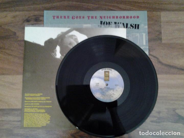 Discos de vinilo: JOE WALSH - THERE GOES THE NEIGHBORHOOD- LP ASYLUM RECORDS 1981 ED. ESPAÑOLA S 90.400 MUY BUENAS CON - Foto 2 - 168210068