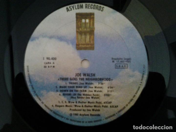 Discos de vinilo: JOE WALSH - THERE GOES THE NEIGHBORHOOD- LP ASYLUM RECORDS 1981 ED. ESPAÑOLA S 90.400 MUY BUENAS CON - Foto 3 - 168210068