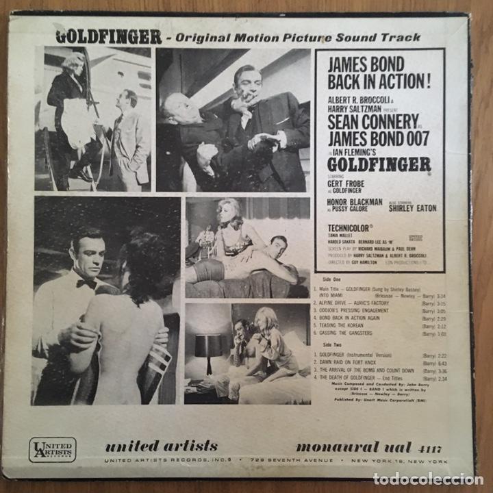 Discos de vinilo: 007 GOLDFINGER LP BANDA SONORA ORIGINAL AMERICANA - Foto 2 - 168214160