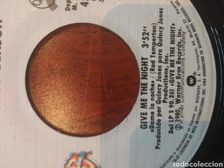 Discos de vinilo: George Benson Give Me The Night single 1980 con carátula genérica de Warner - Foto 4 - 168214462