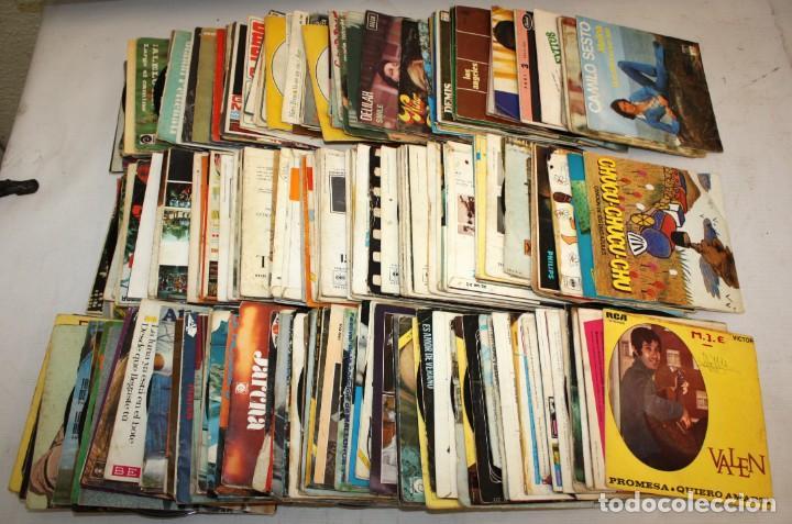 IMPORTANTE LOTE CON 260 EPS DE DIFERENTES TEMATICAS PROCEDENTES DE UNA CASA PARTICULAR (Música - Discos de Vinilo - EPs - Otros estilos)