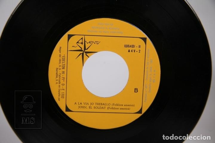 Discos de vinilo: Disco EP De Vinilo - Iukaidí II / John el Soldat, Anem Grumet.. - Als 4 Vents - 1967 - Con Letras - Foto 2 - 168595813