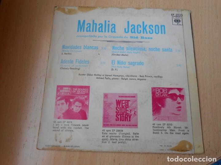 Discos de vinilo: MAHALIA JACKSON con la Orquesta de SID BASS, EP, NAVIDADES BLANCAS + 3, AÑO 1966 - Foto 2 - 168813116