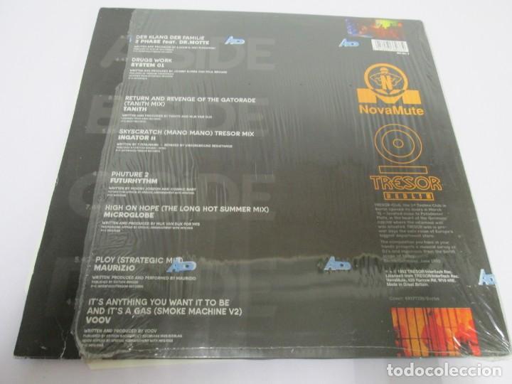 Discos de vinilo: BERLIN 1992. TRESOR KOMPILATION. DER KLANG DER FAMILIE. LP VINILO. TRESOR 1992 - Foto 12 - 169132656