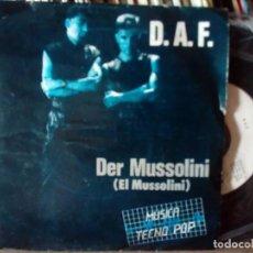 Disques de vinyle: D.A.F - DER MUSSOLINI + EL QUE - SINGLE PROMOCIONAL 1982 - ARIOLA . Lote 169207788