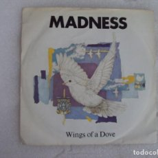 Discos de vinilo: MADNESS, WINGS OF A DOVE. SINGLE EDICION INGLESA 1983, STIFF RECORDS. Lote 169428148