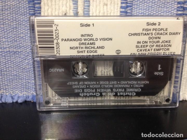 Discos de vinilo: CHRIS ON A CRUTCH - CRIME PAYS WHEN PIGS DIE - CASSETTE ALBUM NEW RED ARCHIVES 1991 NM-NM - Foto 2 - 170061968