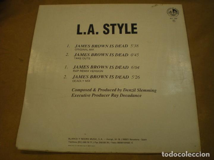 Discos de vinilo: JAMES BROWN IS DEAD, L.A. STYLE. BLANCO Y NEGRO MUSIC. MAXI SINGLE - Foto 2 - 170152884