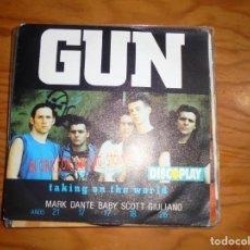 Discos de vinilo: GUN. TAKING ON THE WORLD. EN GIRA CON ROLLING STONES. DISCOPLAY. A & M, 1990.. Lote 170375044