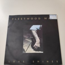 Discos de vinilo: CR FLEETWOOD MAC / LOVE SHINES / THE CHAIN / NOT THAT FUNNY + 1 (CD SINGLE CAJA 1992). Lote 170426174