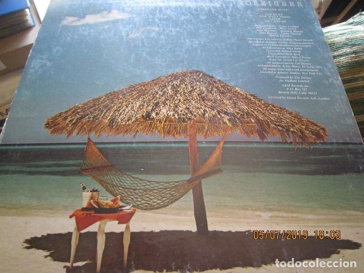 Discos de vinilo: CAT STEVENS - FOREIGNER LP - ORIGINAL U.S.A. - A&M 1973 CON ENCARTE CARTON DURO Y FUNDA INTERIOR. - - Foto 9 - 170978439