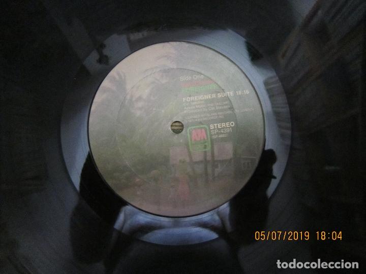 Discos de vinilo: CAT STEVENS - FOREIGNER LP - ORIGINAL U.S.A. - A&M 1973 CON ENCARTE CARTON DURO Y FUNDA INTERIOR. - - Foto 14 - 170978439