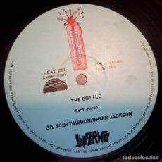 Discos de vinilo: GIL SCOTT HERON / BRIAN JACKSON - THE BOTTLE - UK 12 45 1980 - INFERNO. Lote 171040025