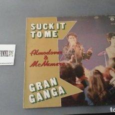 Discos de vinilo: ALMODÓVAR & MCNAMARA ?– SUCK IT TO ME / GRAN GANGA SÓLO PORTADA DEDICADA POR PEDRO ALMODOVAR. Lote 171158503