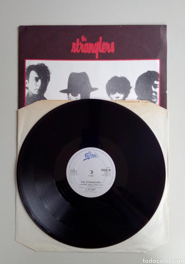 Discos de vinilo: The Stranglers - Shakin like a leaf, Epic, 1987. England. - Foto 3 - 171238964