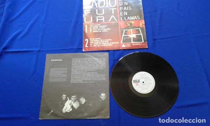 Discos de vinilo: VINILO RADIO FUTURA (DE UN PAIS EN LLAMAS) - Foto 5 - 195337036