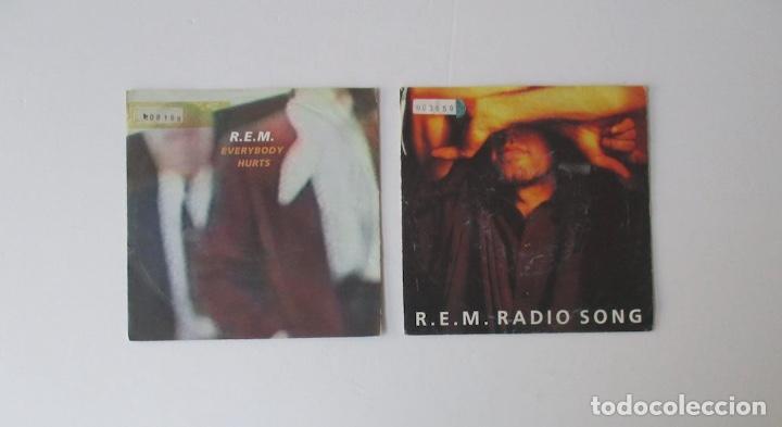 DOS DISCOS DE R.E.M. (Música - Discos de Vinilo - Singles - Pop - Rock Internacional de los 80)