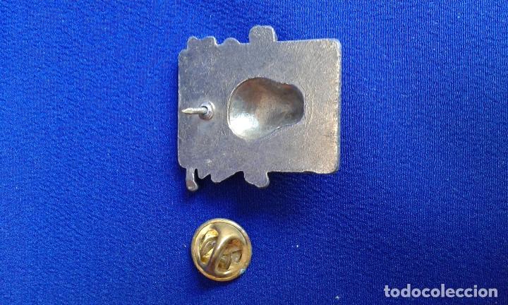 Discos de vinilo: LOTE PINS HEAVY - GUNS AND ROSES-IRON MAIDEN - Foto 11 - 145632238