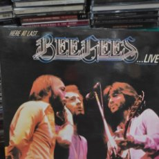 Discos de vinilo: BEE GEES HERE AT LAST LIVE 2LP. Lote 171664448